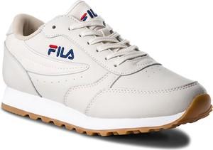 Buty sportowe Fila sznurowane ze skóry ekologicznej w sportowym stylu