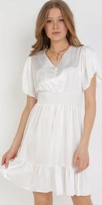 Sukienka born2be z dekoltem w kształcie litery v trapezowa mini