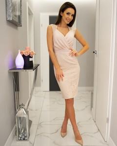 d88e708b517d40 lara fabio sukienki - stylowo i modnie z Allani