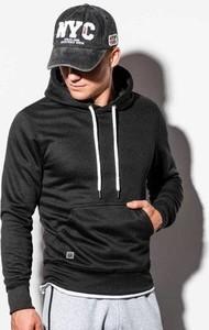 Czarna bluza Ombre w młodzieżowym stylu
