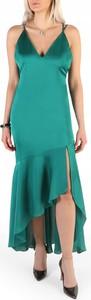 Zielona sukienka Guess maxi asymetryczna na ramiączkach