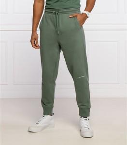 Zielone spodnie sportowe Calvin Klein z dresówki