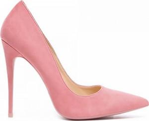 Różowe szpilki Vices w stylu klasycznym