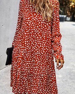 Czerwona sukienka Kendallme z długim rękawem z okrągłym dekoltem mini