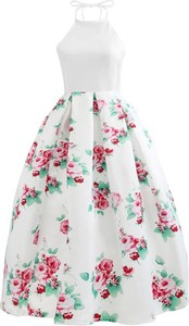 b7c0a5c743 czy na wesele pasuje sukienka w kwiaty - stylowo i modnie z Allani