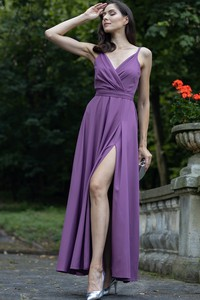Sukienka Maravilla Boutique kopertowa na ramiączkach z tkaniny