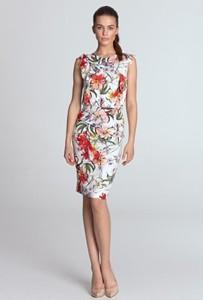 Sukienka Nife bez rękawów ołówkowa z okrągłym dekoltem