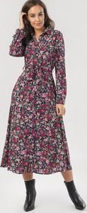Sukienka born2be z długim rękawem szmizjerka midi
