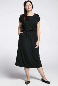 Czarna sukienka Nommo dla puszystych midi z bawełny