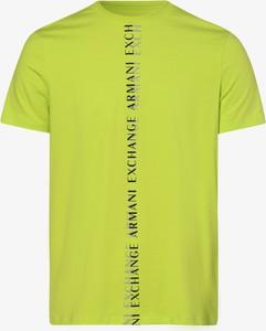 Żółty t-shirt Armani Exchange w młodzieżowym stylu