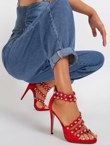 Czerwone sandały renee na zamek w stylu casual