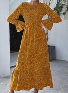 Żółta sukienka Cikelly z długim rękawem z okrągłym dekoltem maxi
