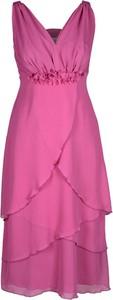 Różowa sukienka Fokus z dekoltem w kształcie litery v w stylu glamour