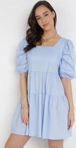 Niebieska sukienka born2be w stylu casual mini trapezowa