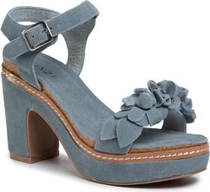 Niebieskie sandały Quazi na obcasie na wysokim obcasie z klamrami