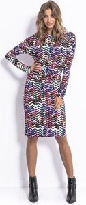Sukienka Fobya w stylu casual midi z długim rękawem