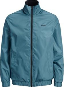 Niebieska kurtka Jack & Jones w stylu casual krótka