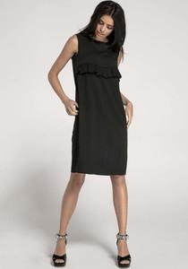 Czarna sukienka Nommo z okrągłym dekoltem