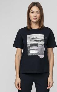 T-shirt 4F z okrągłym dekoltem z dzianiny