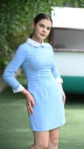 Niebieska sukienka Justmelove z długim rękawem prosta