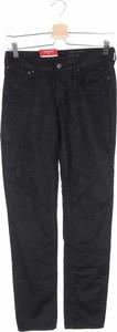 Czarne spodnie Levis ze sztruksu