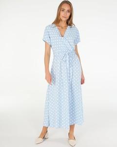 Niebieska sukienka Unisono z tkaniny midi z dekoltem w kształcie litery v