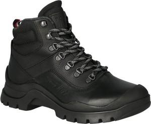 Czarne buty zimowe Tommy Hilfiger w militarnym stylu