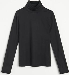 Czarna bluzka Reserved z golfem z długim rękawem