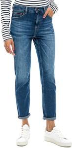 Niebieskie jeansy Tommy Jeans w młodzieżowym stylu