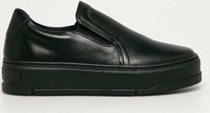 Czarne buty sportowe Vagabond w sportowym stylu na platformie ze skóry