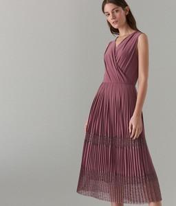 160359b2c12793 Sukienka Mohito bez rękawów z dekoltem w kształcie litery v