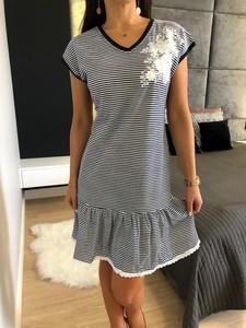 Sukienka ModnaKiecka.pl z krótkim rękawem mini w stylu casual