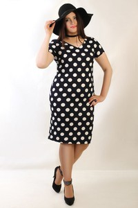 Czarna sukienka Oscar Fashion w stylu retro midi dopasowana