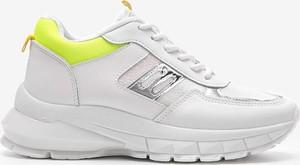 Buty sportowe Gemre.com.pl z płaską podeszwą sznurowane ze skóry