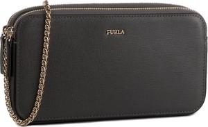 Czarna torebka Furla matowa na ramię
