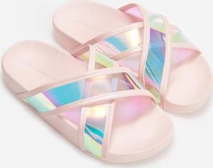 Różowe buty dziecięce letnie Reserved