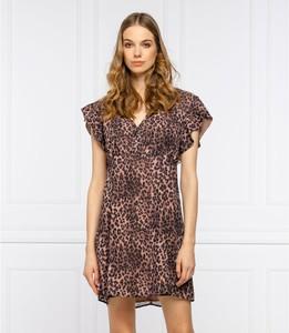 Brązowa sukienka Guess mini z krótkim rękawem z dekoltem w kształcie litery v