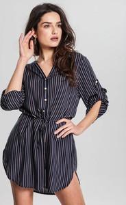 Granatowa sukienka Renee z długim rękawem w stylu casual mini