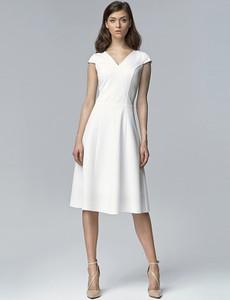 Sukienka Nife rozkloszowana midi z krótkim rękawem