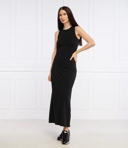Czarna sukienka Superdry bez rękawów