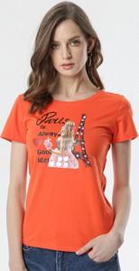 Pomarańczowa bluzka born2be z okrągłym dekoltem z krótkim rękawem w młodzieżowym stylu