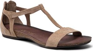 Brązowe sandały Carinii z klamrami