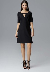 Czarna sukienka Figl z dekoltem w karo z krótkim rękawem