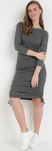 Sukienka born2be mini z okrągłym dekoltem z długim rękawem