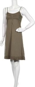 Sukienka H&m L.o.g.g. z okrągłym dekoltem na ramiączkach