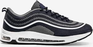 Buty sportowe Gemre.com.pl w sportowym stylu sznurowane