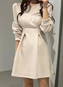Sukienka Arilook z długim rękawem mini w stylu boho
