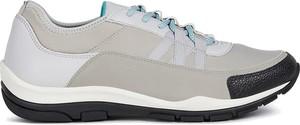 Sneakersy Geox z płaską podeszwą