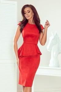 Czerwona sukienka NUMOCO midi wyszczuplająca z zamszu