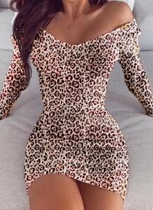 Brązowa sukienka Cikelly w stylu casual z długim rękawem mini